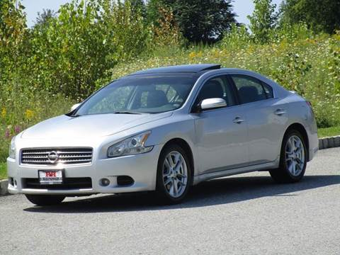 2010 Nissan Maxima for sale at R & R AUTO SALES in Poughkeepsie NY