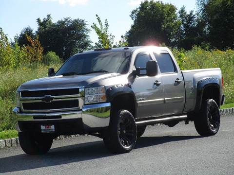 2008 Chevrolet Silverado 2500HD for sale at R & R AUTO SALES in Poughkeepsie NY