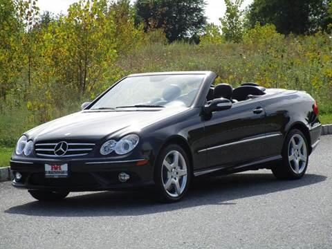 2007 Mercedes-Benz CLK for sale at R & R AUTO SALES in Poughkeepsie NY
