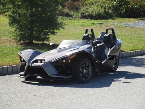 2015 Polaris Slingshot for sale at R & R AUTO SALES in Poughkeepsie NY