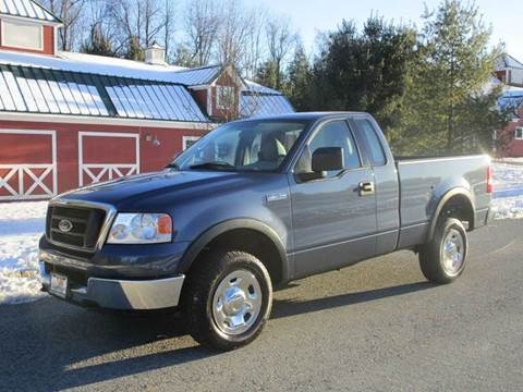 2004 Ford F-150 for sale at R & R AUTO SALES in Poughkeepsie NY