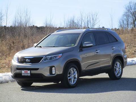 2015 Kia Sorento for sale at R & R AUTO SALES in Poughkeepsie NY