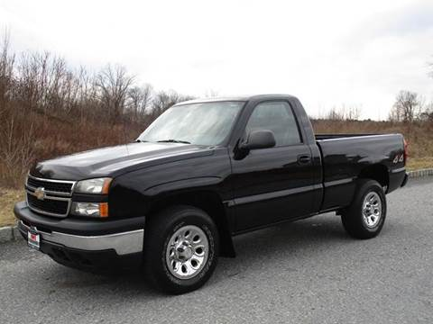 2006 Chevrolet Silverado 1500 for sale at R & R AUTO SALES in Poughkeepsie NY