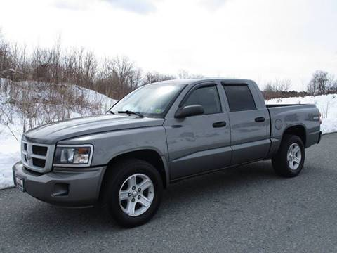 2009 Dodge Dakota for sale at R & R AUTO SALES in Poughkeepsie NY