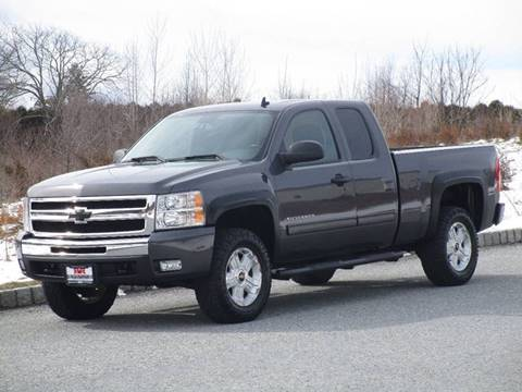 2011 Chevrolet Silverado 1500 for sale at R & R AUTO SALES in Poughkeepsie NY
