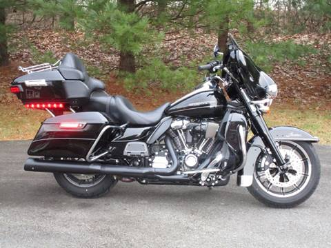 2017 Harley-Davidson Ultra Limited for sale at R & R AUTO SALES in Poughkeepsie NY