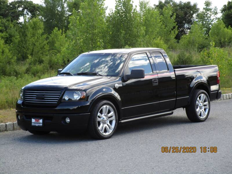 2006 Ford F-150 for sale at R & R AUTO SALES in Poughkeepsie NY