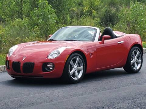 2007 Pontiac Solstice for sale at R & R AUTO SALES in Poughkeepsie NY