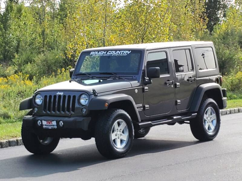 2016 Jeep Wrangler Unlimited for sale at R & R AUTO SALES in Poughkeepsie NY
