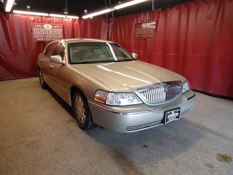 2005 Lincoln Town Car for sale in Latham, NY