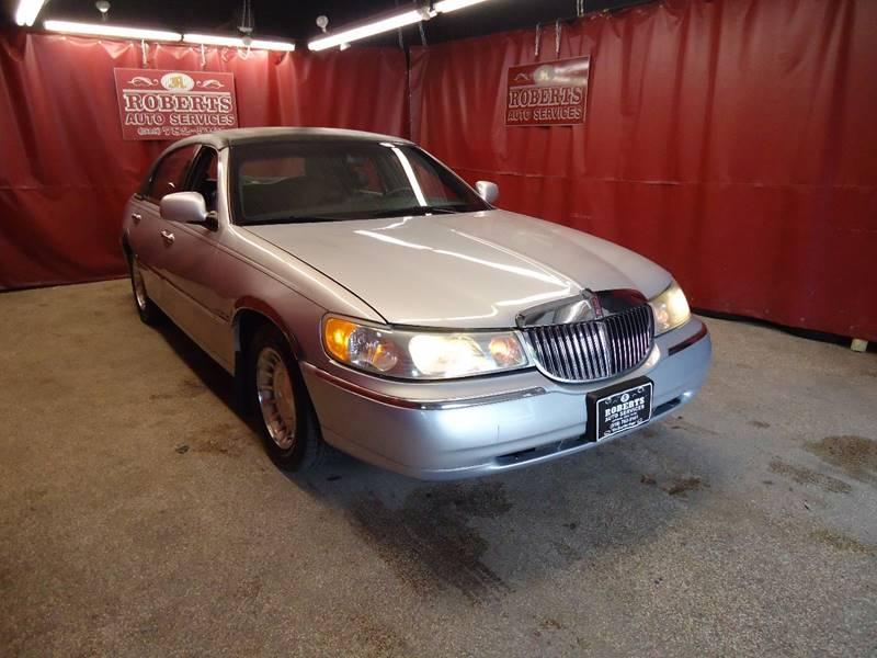2001 Lincoln Town Car Executive 4dr Sedan - Latham NY