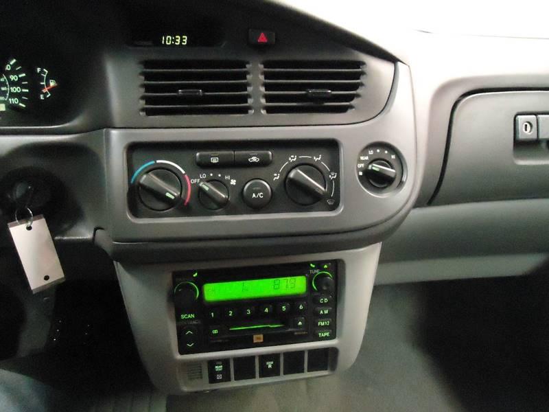 2003 Toyota Sienna 4dr LE Mini-Van - Latham NY