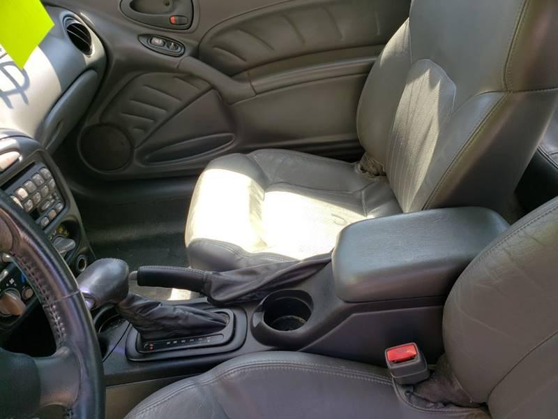 2003 Pontiac Grand Am GT (image 15)