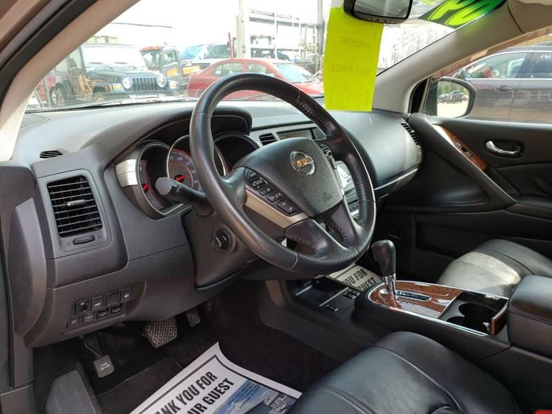 2009 Nissan Murano LE (image 13)