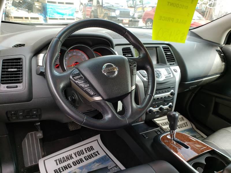 2009 Nissan Murano LE (image 14)
