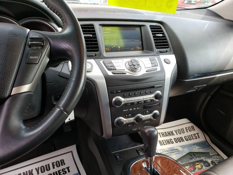 2009 Nissan Murano LE (image 17)