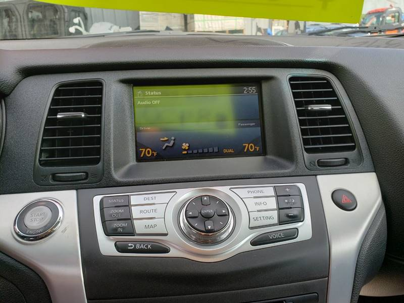 2009 Nissan Murano LE (image 22)