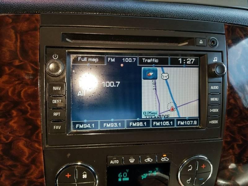 2011 GMC Sierra 2500HD Denali (image 23)