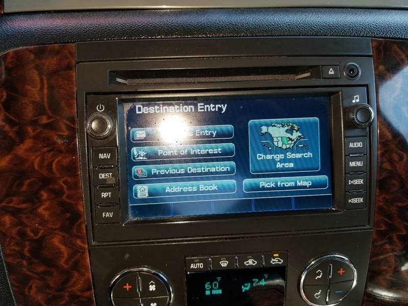 2011 GMC Sierra 2500HD Denali (image 24)