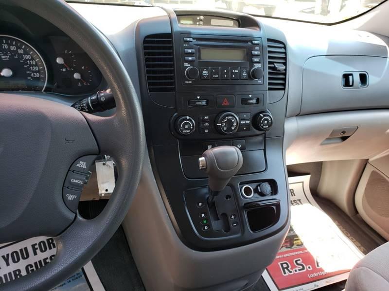 2008 Kia Sedona EX (image 16)