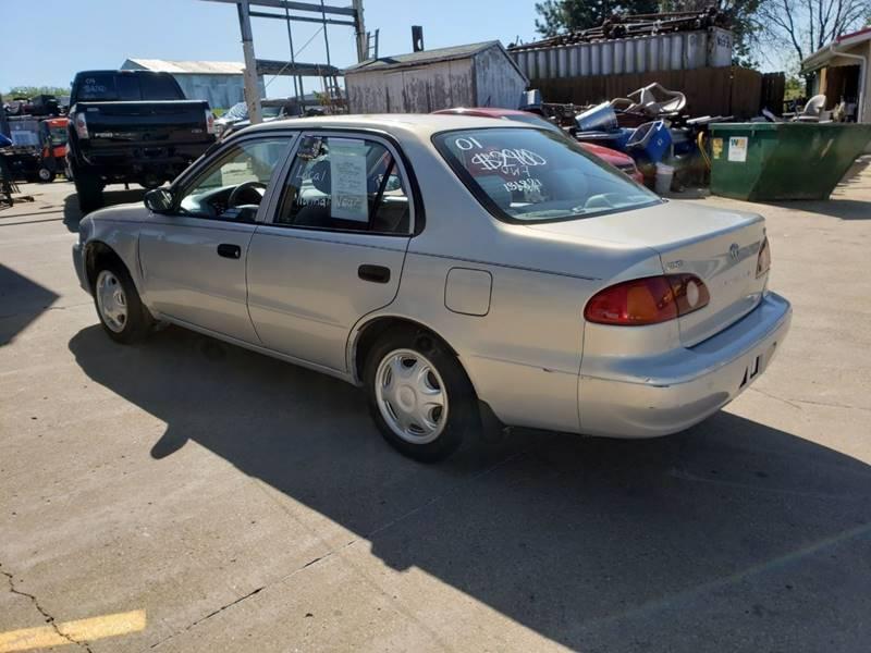 2001 Toyota Corolla CE (image 6)