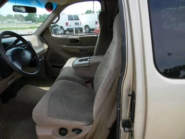 1999 Ford F-150 4dr XLT Extended Cab SB - Topeka KS