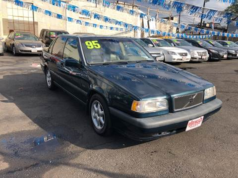 1995 Volvo 850 for sale in Paterson, NJ