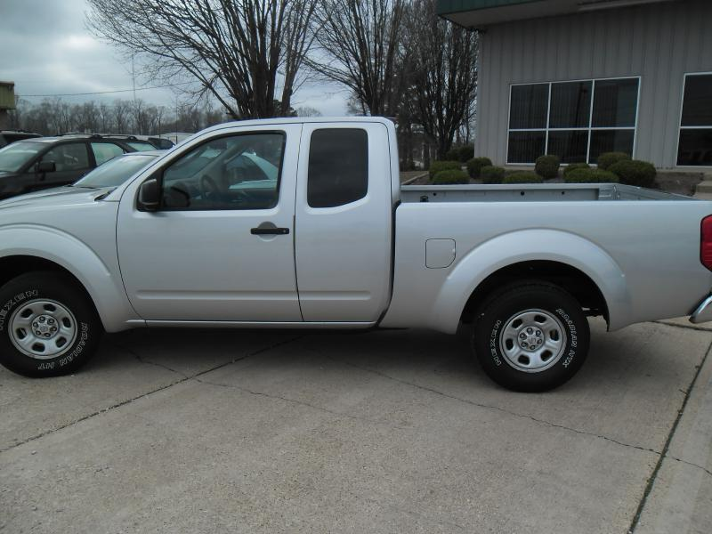 2005 Nissan Frontier for sale at WHOLESALE AUTO EXPRESS in Columbus MS