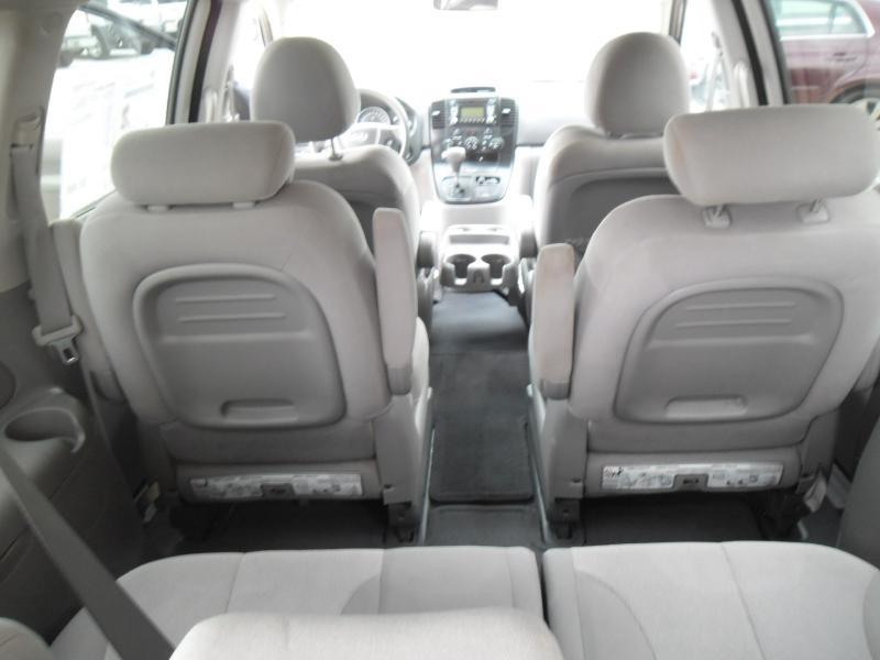 2009 Kia Sedona for sale at WHOLESALE AUTO EXPRESS in Columbus MS
