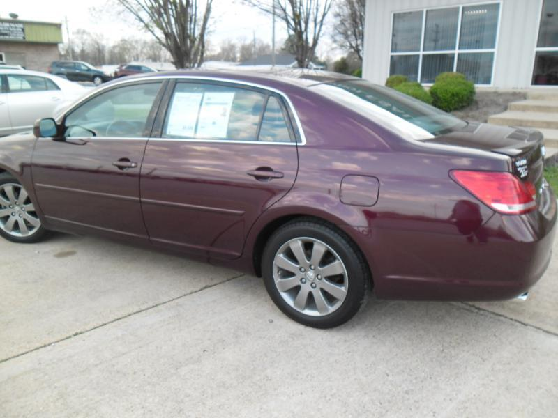 2007 Toyota Avalon for sale at WHOLESALE AUTO EXPRESS in Columbus MS