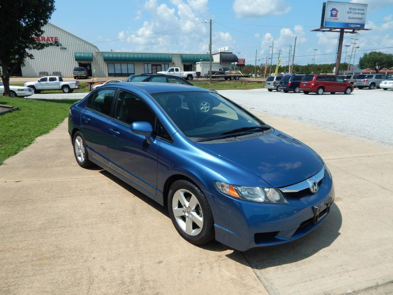 2009 Honda Civic for sale at WHOLESALE AUTO EXPRESS in Columbus MS