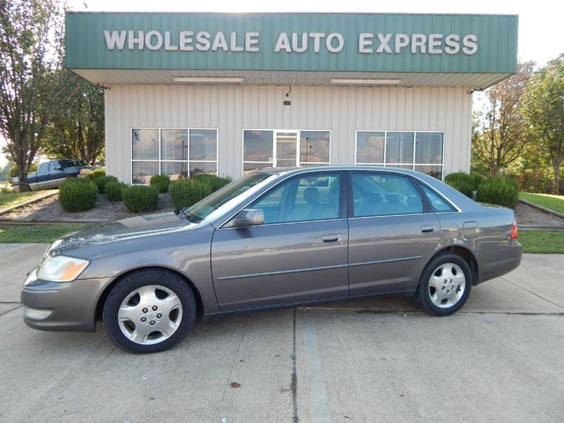 2003 Toyota Avalon for sale at WHOLESALE AUTO EXPRESS in Columbus MS