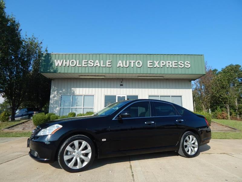 2007 Infiniti M35 for sale at WHOLESALE AUTO EXPRESS in Columbus MS