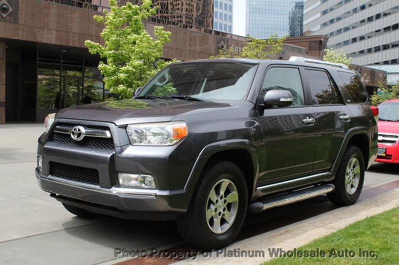 2011 Toyota 4Runner LOADED SR5 4WD DEALER SERVICED COMPARE TO ANY NICE   Bellevue  WA
