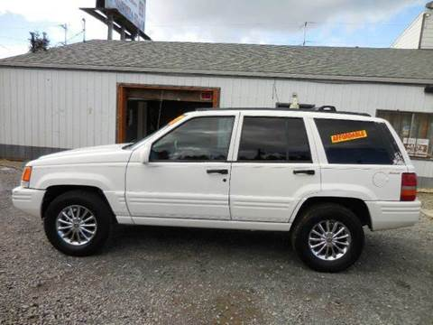 1997 Jeep Grand Cherokee for sale at G&R Auto Sales in Lynnwood WA