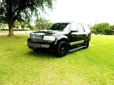 2008 Lincoln Navigator for sale at TRANSCONTINENTAL CAR USA CORP in Ft Lauderdale FL