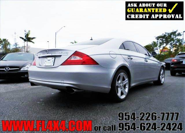 2006 mercedes benz cls cls500 4dr sedan in ft lauderdale for Mercedes benz financial phone number usa