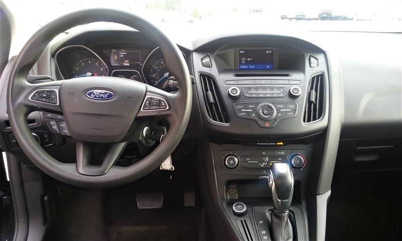 2015 Ford Focus SE 4dr Hatchback - Henderson TN