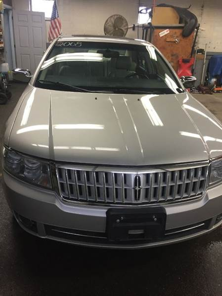 2008 Lincoln MKZ for sale at Jimmys Auto Sales in North Providence RI