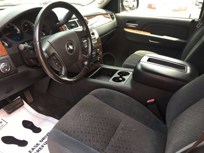 2007 Chevrolet Avalanche LT 1500 4dr Crew Cab 4WD SB - Lansing MI