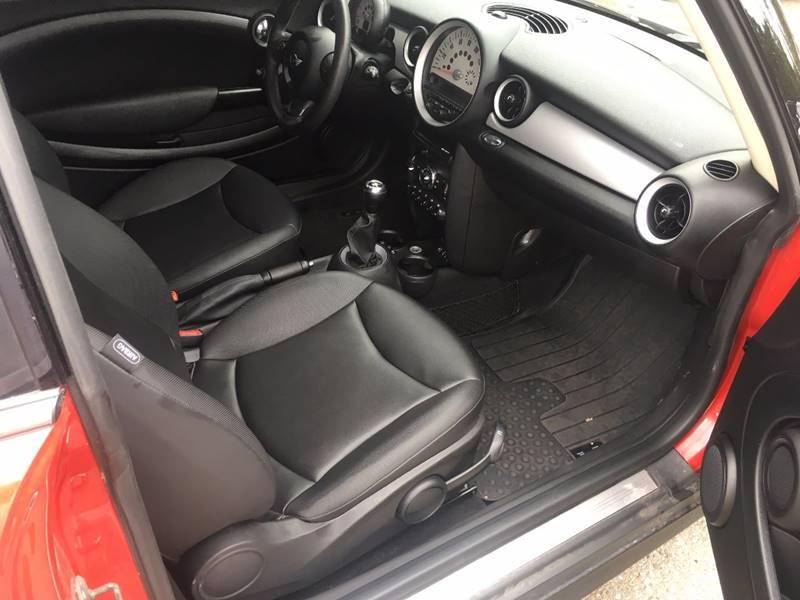 2013 MINI Hardtop Cooper 2dr Hatchback - Lansing MI