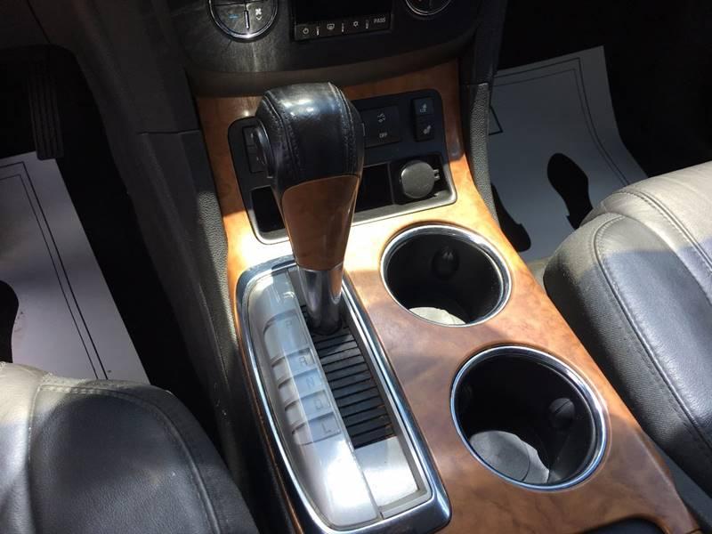 2010 Buick Enclave CXL 4dr Crossover w/1XL - Lansing MI