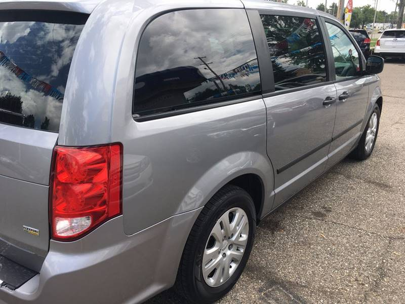 2014 Dodge Grand Caravan SE 4dr Mini-Van - Lansing MI