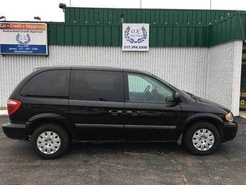 2006 Chrysler Town and Country for sale in Lansing, MI