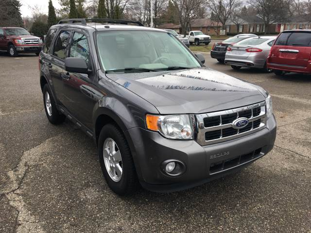2011 Ford Escape AWD XLT 4dr SUV - Lansing MI