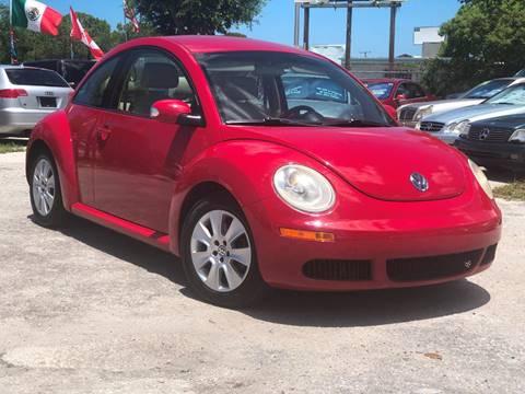 2010 Volkswagen New Beetle for sale in Sarasota, FL