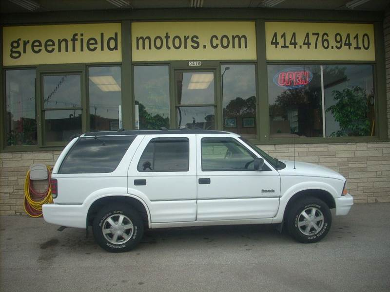 2001 Oldsmobile Bravada for sale at GREENFIELD MOTORS in Milwaukee WI