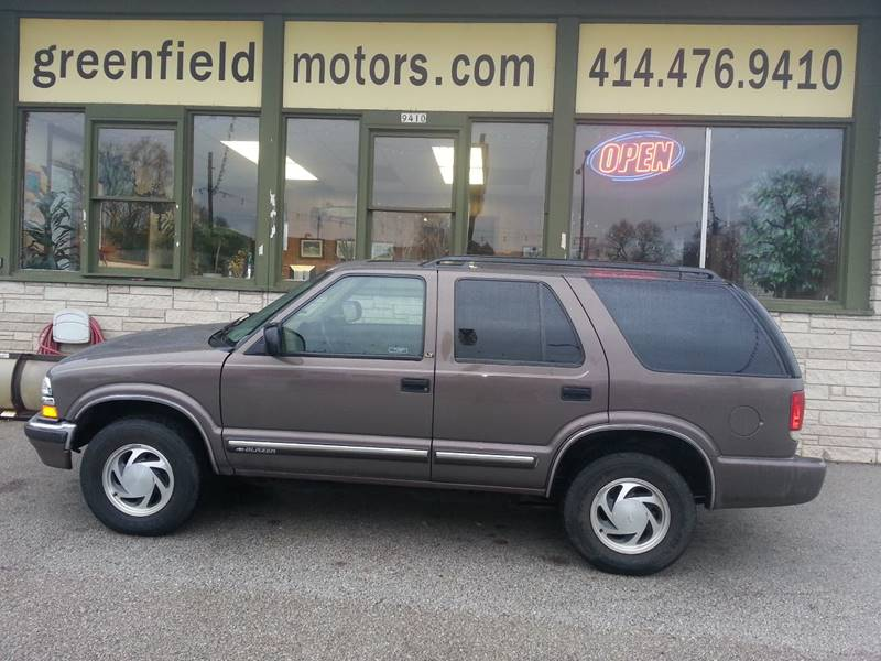2000 Chevrolet Blazer LT In Milwaukee WI - GREENFIELD MOTORS