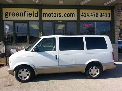 2004 GMC Safari for sale in Milwaukee, WI
