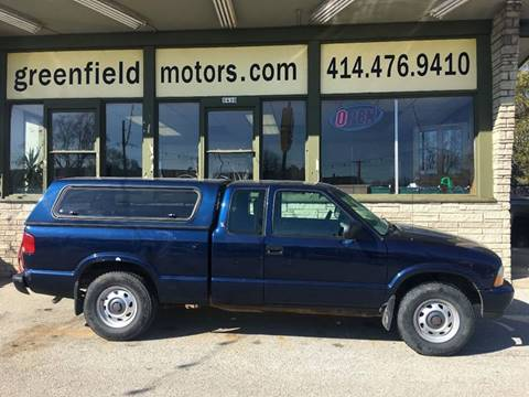 2001 GMC Sonoma for sale in Milwaukee, WI